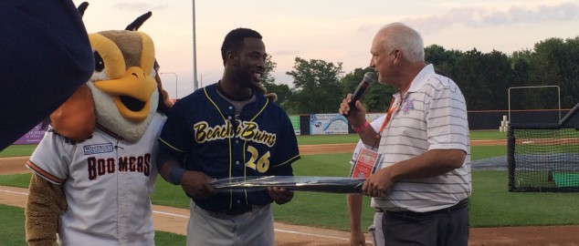 2015 CWL Alum, Reggie Lawson, Wins 2015 Frontier League HR Derby